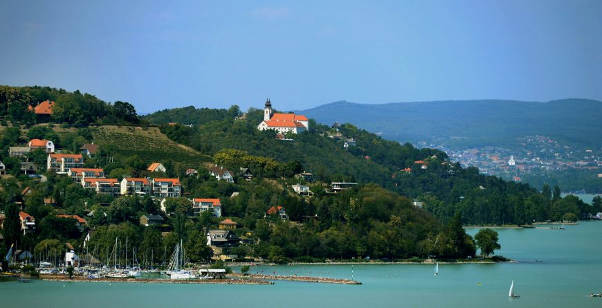 Transfers to the lake balaton
